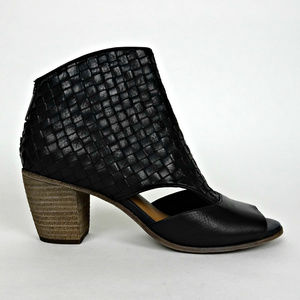 Patricia Nash Peep Toe Booties Ankle Boots 8.5